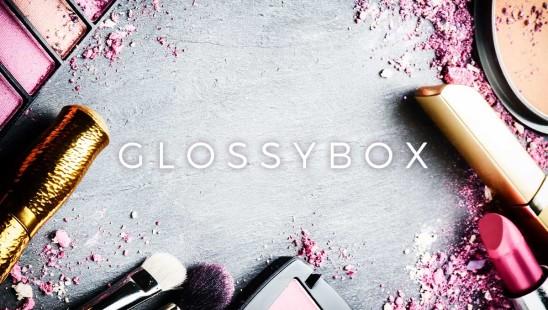 Glossybox Prenumeration Smink hudvård hårvård nagelvård dofter